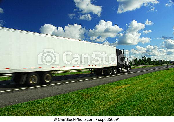 bewegende vrachtwagen, vasten - csp0356591