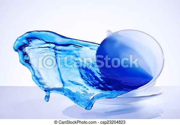 blauw water, gespetter, kop - csp23204823