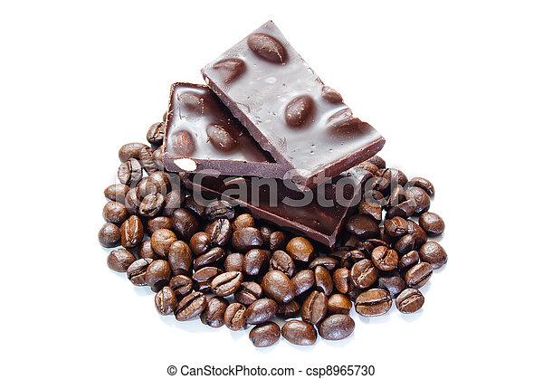 bonen, koffie, stukken, nootjes, chocolade - csp8965730