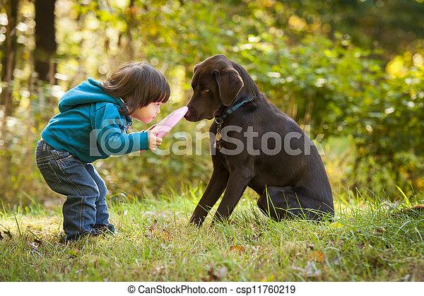 halen, kind gespeel, jonge, dog - csp11760219