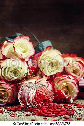 hart, brandpunt, roze, fris, valentines, rozen, zoet, rode kaart, selectief, witte , dag, achtergrond - csp83226788