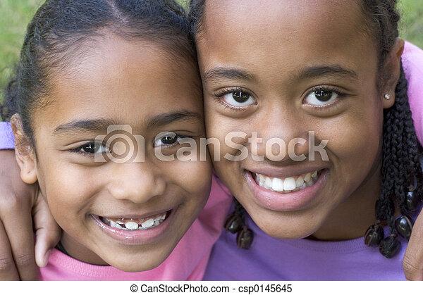 het glimlachen, kinderen - csp0145645