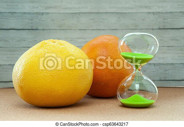 hout, close-up, achtergrond, grapefruit, sinaasappel, hourglass - csp63643217
