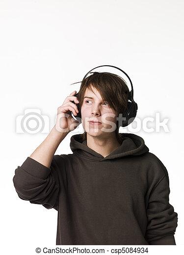 man, muziek, luisteren - csp5084934