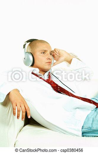 muziek, luisteren - csp0380456