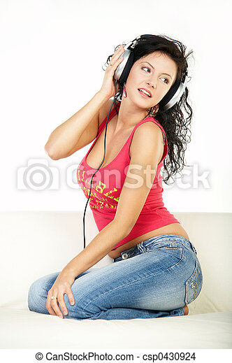 muziek, luisteren - csp0430924