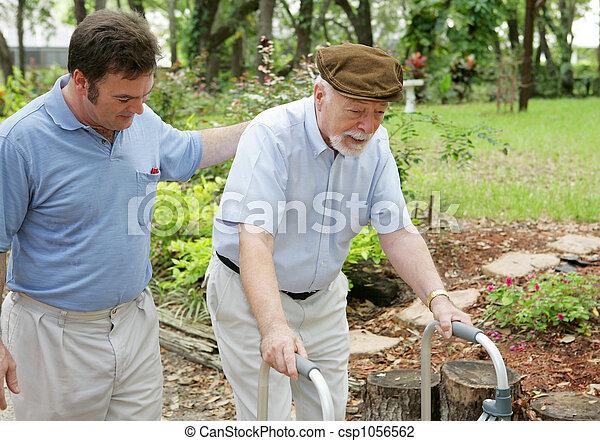 vader & zoon, bejaarden - csp1056562