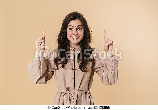 vingers, het glimlachen, omhoog, vrouw, beeld, aantrekkelijk, wijzende, vrolijk - csp83428955