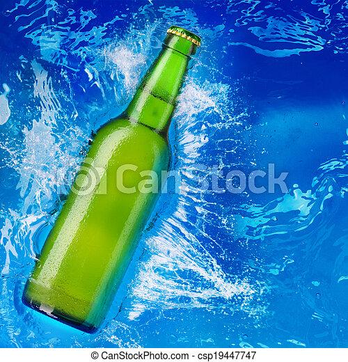 water, bier fles - csp19447747