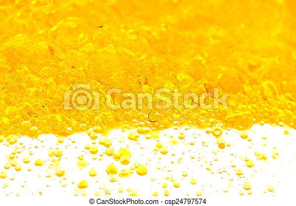 water, olie - csp24797574