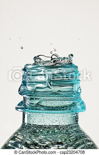 waterdaling, gespetter, fles - csp23204708